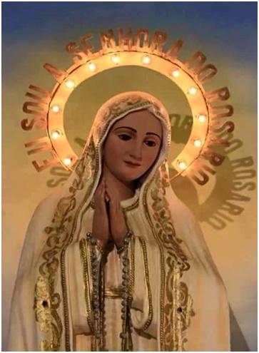 María es Amor, pureza y nos conduce a los brazos de Jesús